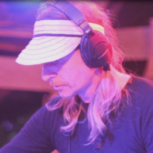 STEYR HOCH10's avatar