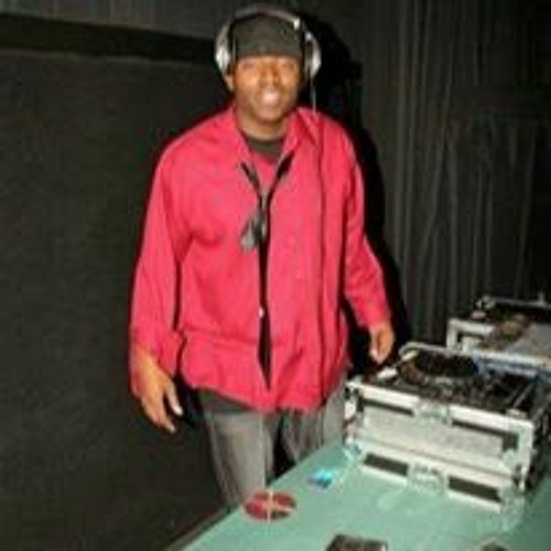DJ C Love's avatar