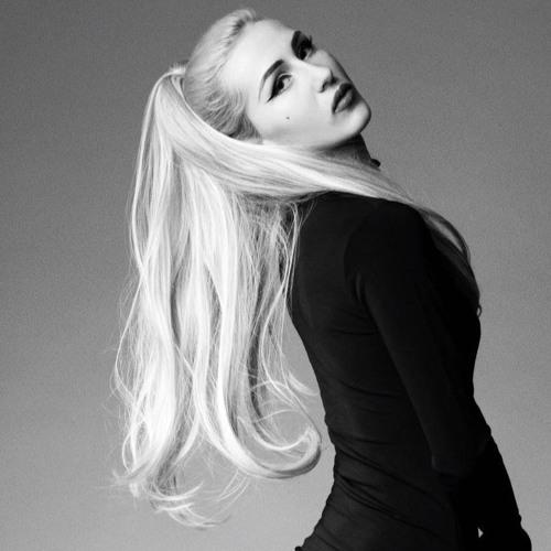 Anna Mimieux's avatar