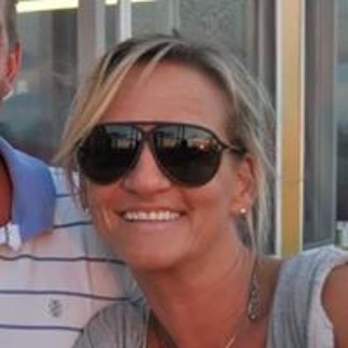 Erika Shaw Lucas's avatar