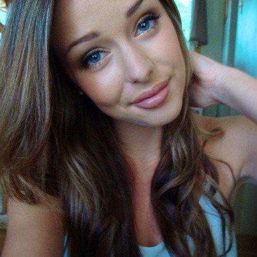 Nina Sanders's avatar