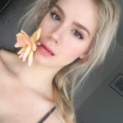 Vessela's avatar