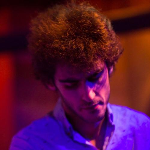 Viktor Benev's avatar