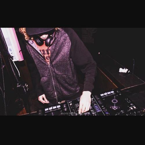 DJ Cosmic's avatar