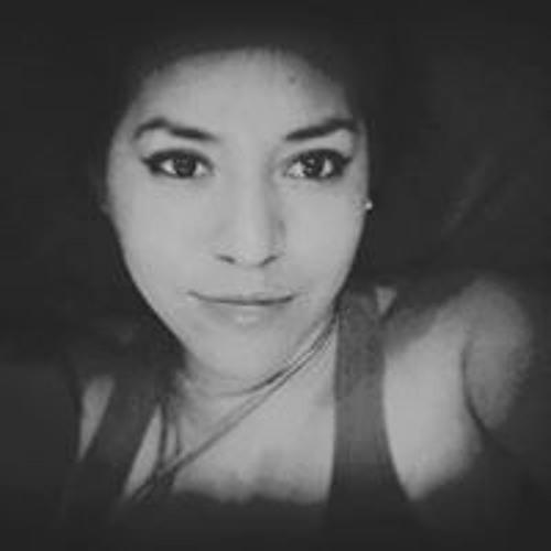 Lyli RamiiRez's avatar