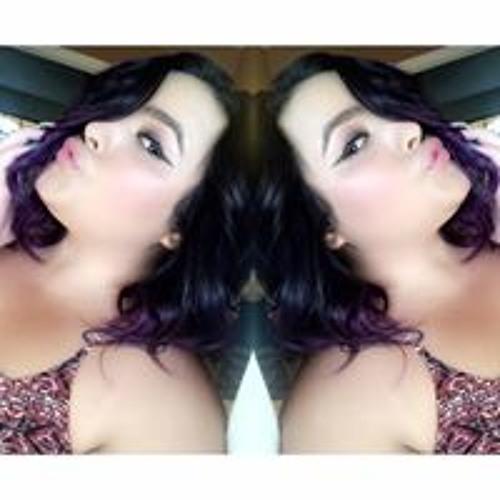 Alexa Mireya Guzman's avatar