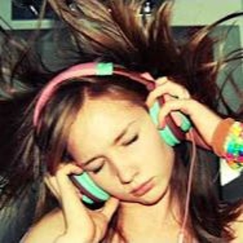 Sweet Music In My Head's avatar