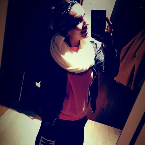 Lea Joksch's avatar