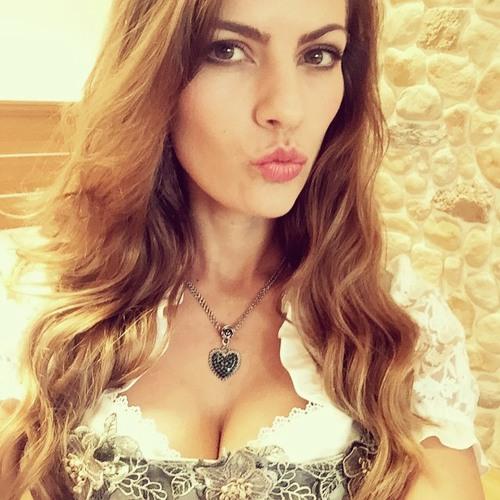chastity's avatar
