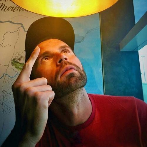 PAUL MORE's avatar