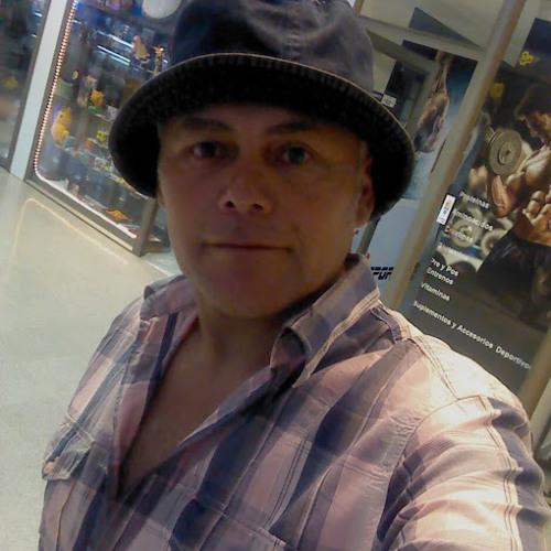 Juan Órdenes's avatar