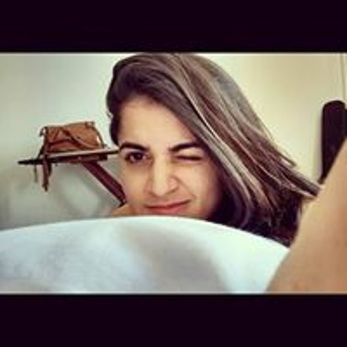 Giza Carvalho Coutinho's avatar