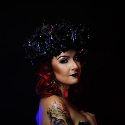 Nathalia Petta's avatar