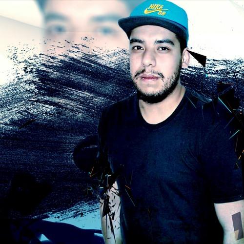 DjOscar Pacheco's avatar