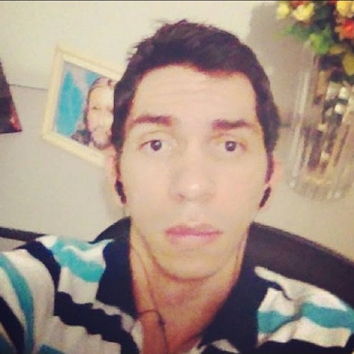 LucasMadeira's avatar