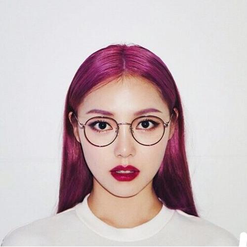 Lorein Zhang's avatar