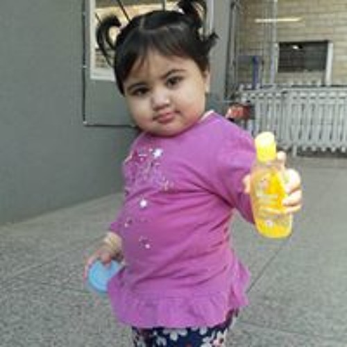 Arfa Izhar's avatar