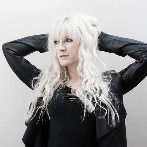 LOLA (UK)'s avatar
