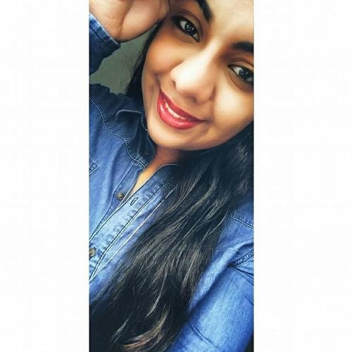 Juliana Martinez's avatar