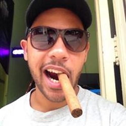 Pavel Perea Acuña's avatar