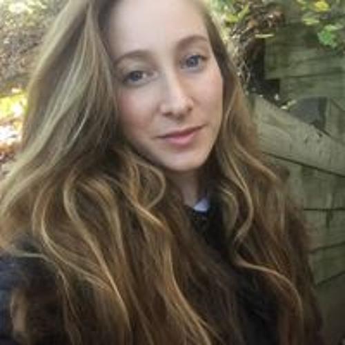 Molly Leon's avatar