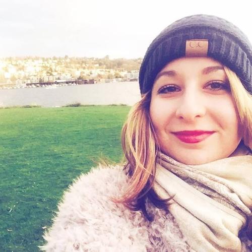 Lana.volokh's avatar