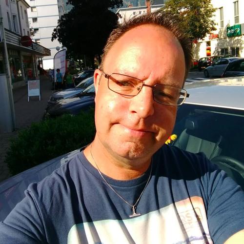 Dj Reno's avatar