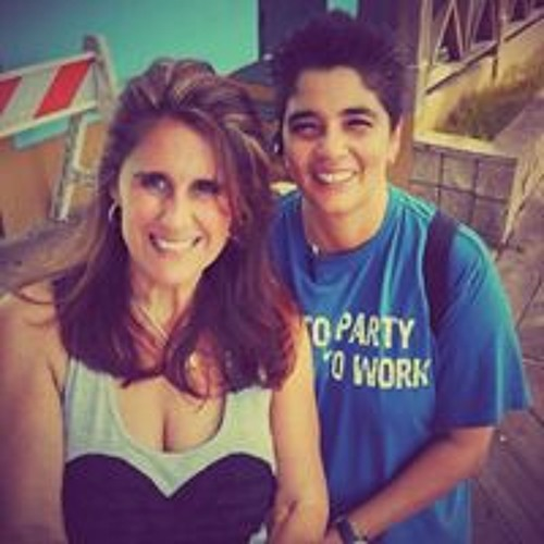 Lisa Rangel Scharlau's avatar