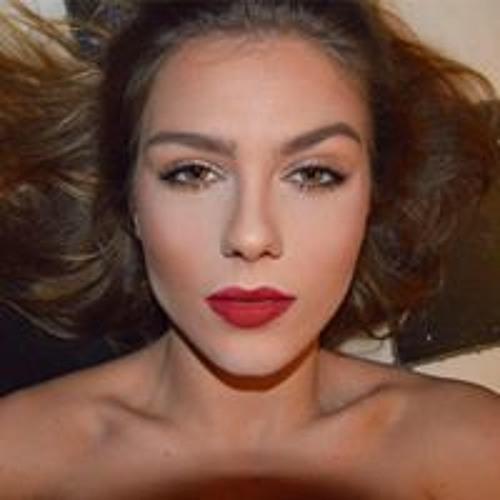 Claudia Lora Urta's avatar