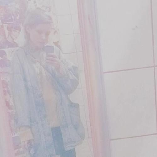 MØØNBΛBY's avatar