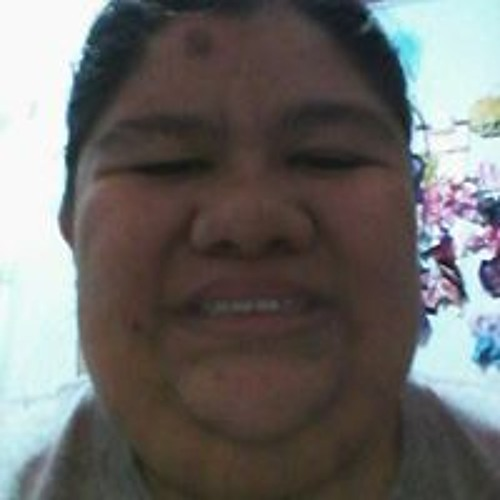 Veronica Salinas's avatar