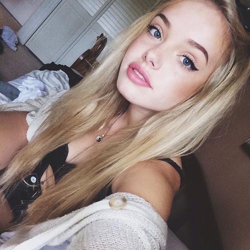 Haley Douglas's avatar