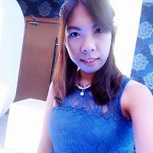 Winnie Wing Zi's avatar