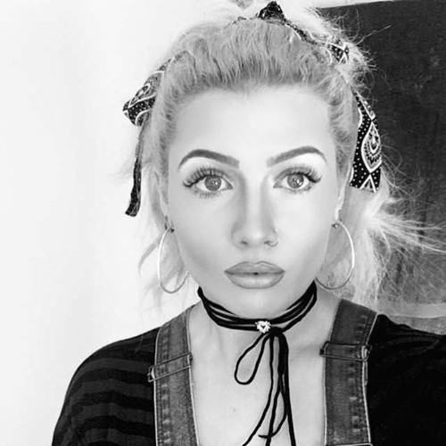 Bethany Eves's avatar
