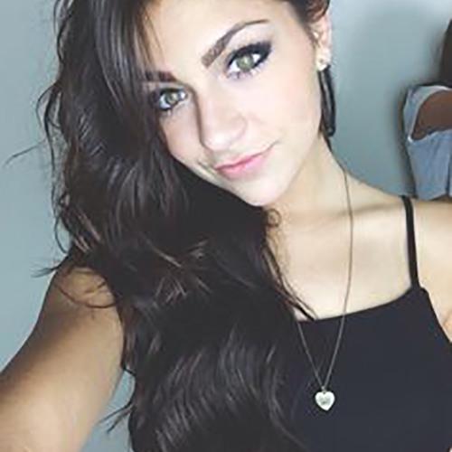 reyna's avatar