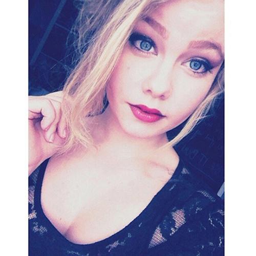 lynette's avatar