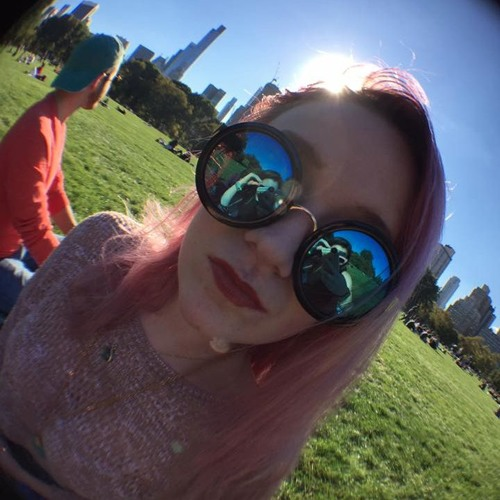 Hayley Greland's avatar