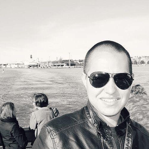 Miguel Ramírez's avatar