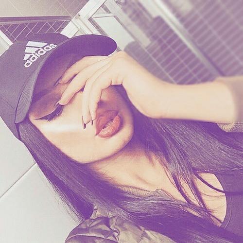 Ryiannèx K's avatar
