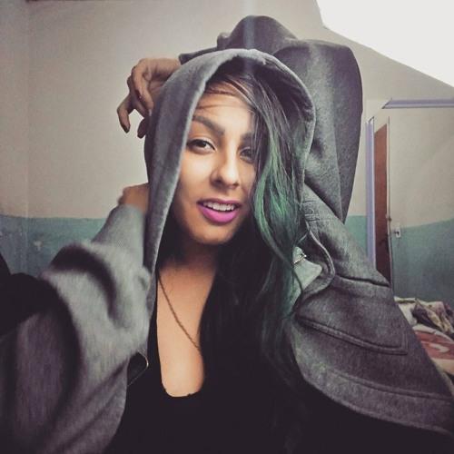 Mina Cristã's avatar