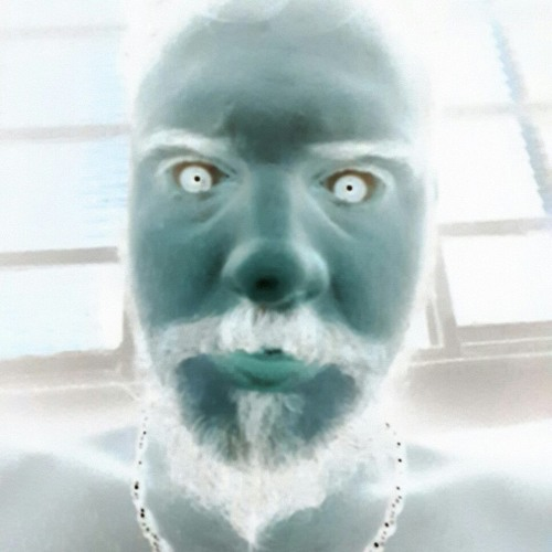 Matheus Nini's avatar