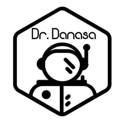 Dr Danasa's avatar