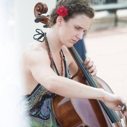 Julia Floberg's avatar