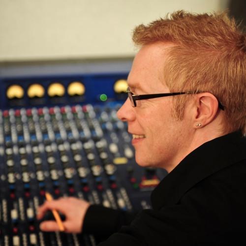 Sandy Nuttgens's avatar