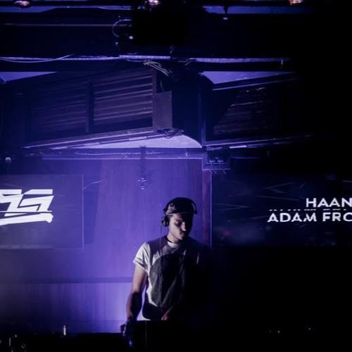 Adam Fr's avatar