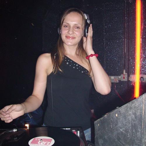 Clare McLaren's avatar