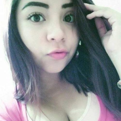 Karen Cerón's avatar