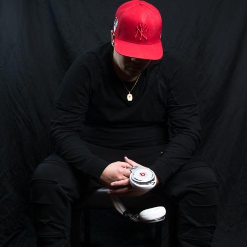 DJ Jozay's avatar