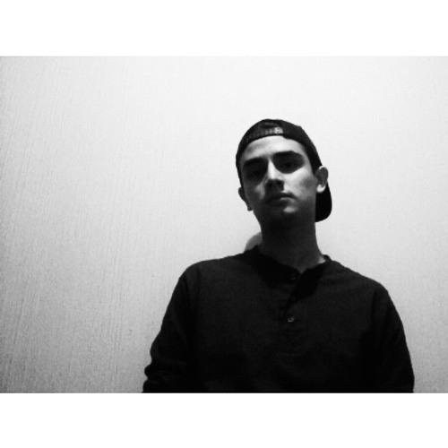 Roberto Fuentes 7's avatar