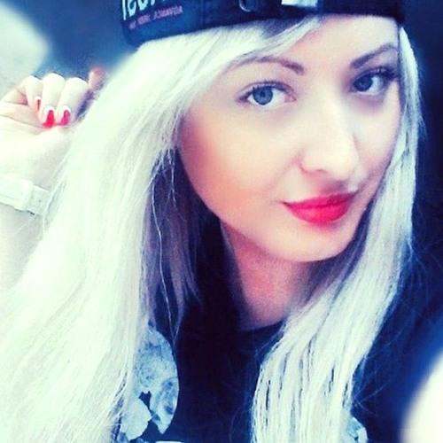 badgirl_yixb's avatar